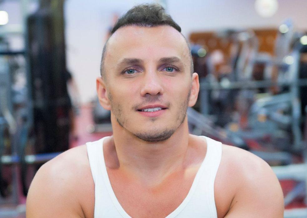 Mihai Traistariu si-a facut implant de par
