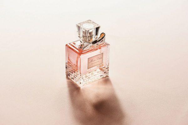 Parfumuri premiate pentru barbati si femei