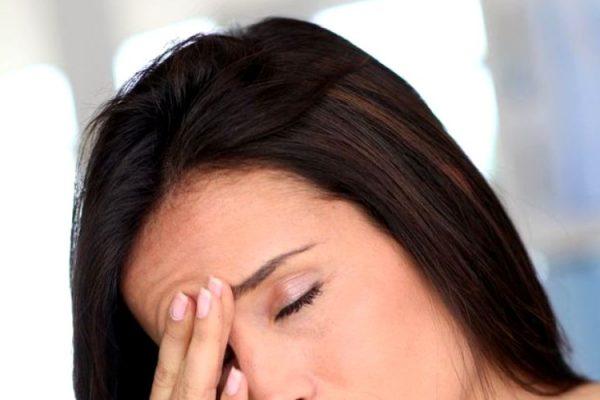 Remedii naturiste pentru durerea de cap